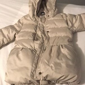 GAP winter jacket size 3T!! Excellent condition!!